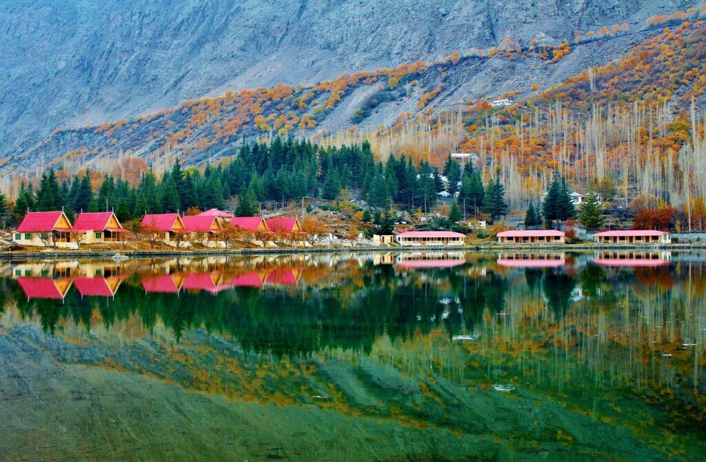 lower-kachura-lake-2377179_1280 (1)